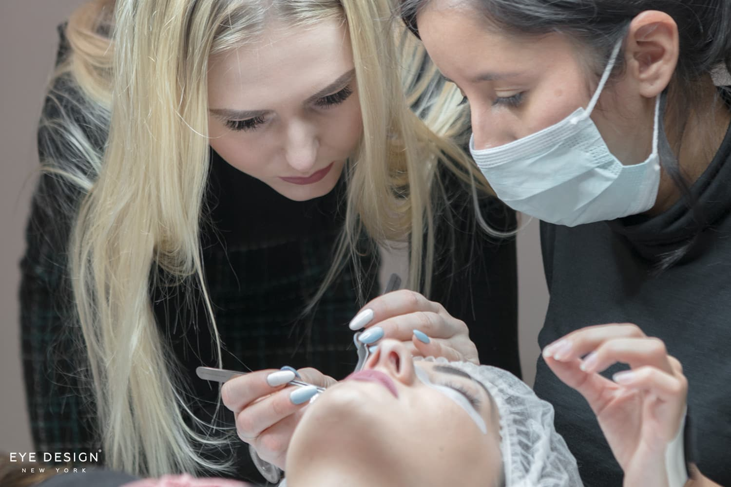 Discover all the lash techniques you will learn at our training workshops